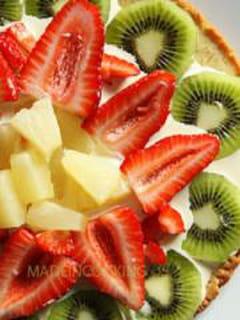 Tarte fine ananas kiwi fraise