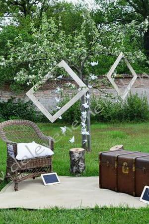 un photobooth en pleine nature photobooth 20 id es originales pour votre mariage journal. Black Bedroom Furniture Sets. Home Design Ideas