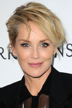 Sharon stone une coupe rock ces stars qui paraissent for Coupe de cheveux sharone stone