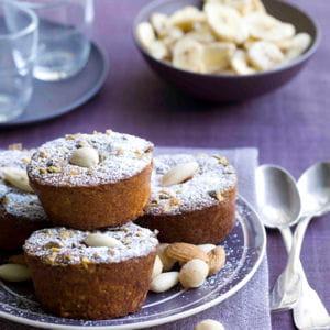 mini muffins croquants à la framboise, aux amandes concassées