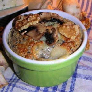 soufflé aux champignons et au roquefort