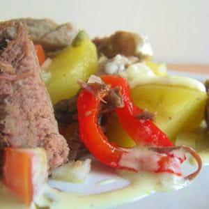 salade de pommes de terre au pot au feu