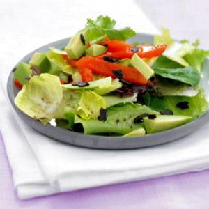 salade d'avocat aux poivrons