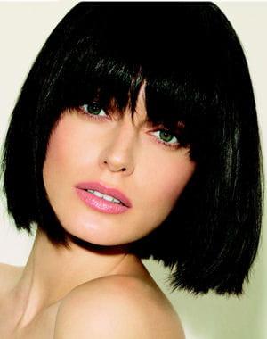frange au carr les tendances coiffure printemps t 2012 journal des femmes. Black Bedroom Furniture Sets. Home Design Ideas