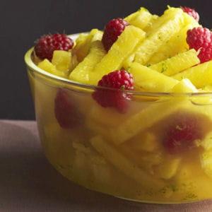 salade d'ananas à la verveine et au grand marnier®