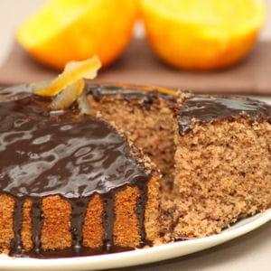 gâteau au chocolat et écorces d'oranges confites