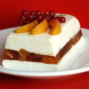 terrine de faisselle, abricots en gelée de verveine