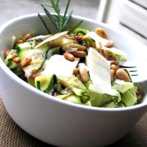 salade de courgettes aux pignons