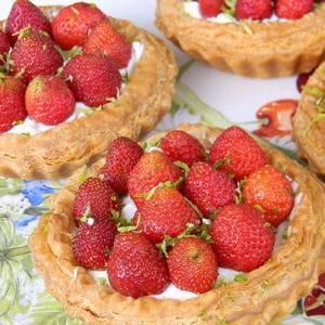 tartelettes aux fraises et mascarpone au citron vert