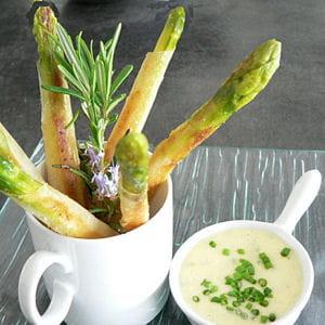 asperges croustillantes à la sauce mousseline