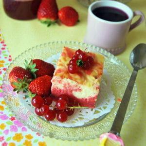 creamcheese strawberry brownie