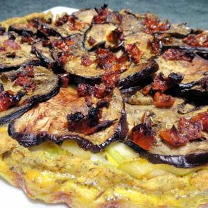 tarte sablée curcuma-pavot et légumes du sud