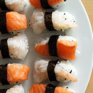 sushi au saumon et crevette