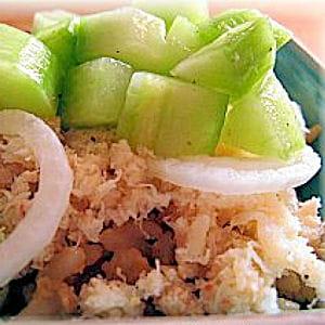 riz au crabe, sauce au concombre