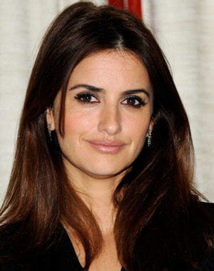 penelope cruz lanc me et ses g ries journal des femmes. Black Bedroom Furniture Sets. Home Design Ideas