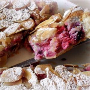 tarte amandine aux baies rouges