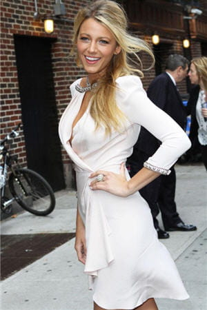 blake lively pendant la promotion de son dernier film 'savages', aux etats-unis 