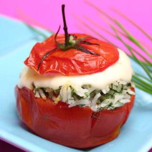 tomates farcies tièdes à la vache qui rit® et aux herbes fraîches