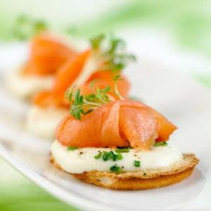 Toasts de saumon fum la mozzarella 35 recettes la - Cuisiner la mozzarella ...