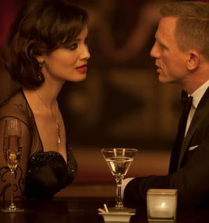 2012, james bond va-t-il troquer sa vodka martini contre un demi ?