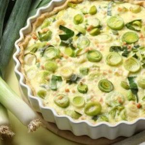 tarte aux poireaux, miel et curry