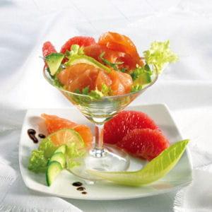 cocktail de saumon fumé au pamplemousse rose et avocat