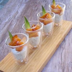 ananas rôti au miel sur son lit de perles coco