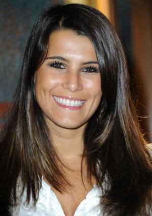<b>Karine Ferri</b> lors de la conférence de presse du Pasteurdon a l&#39;institut <b>...</b> - 1486650-top-karine-ferri-prete-a-etre-heureuse
