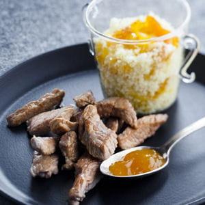 agneau à la mangue et aux abricots secs