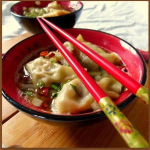 soupe de raviolis wonton au canard et gingembre