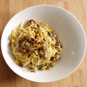 spaghettis aux fruits de mer et lait de coco
