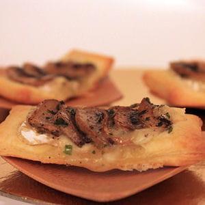 minis feuillet s camembert et champignon 35 recettes avec du camembert journal des femmes. Black Bedroom Furniture Sets. Home Design Ideas