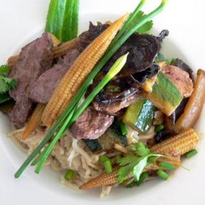 magret de canard aux légumes chinois
