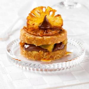 écrasé de palets bretons, chocolat et ananas caramélisé