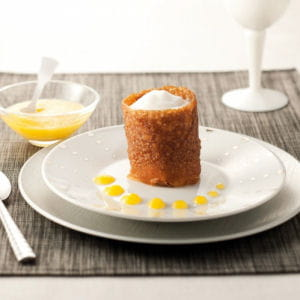 croustillant chocolat caramel et coulis d'abricots