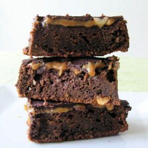 brownies aux cacahuètes et caramel façon snickers