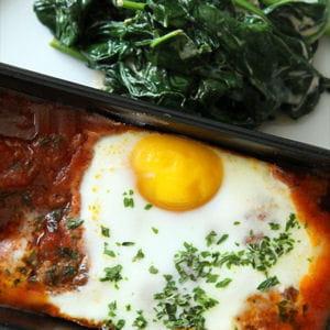kefta aux oeufs et à la tomate