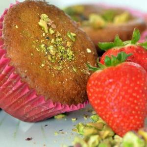 petits cakes fraises et pistaches