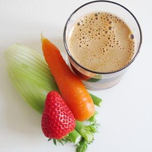 jus de fenouil, carotte, céleri et fraise