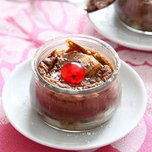 petits clafoutis à la poire et au cacao