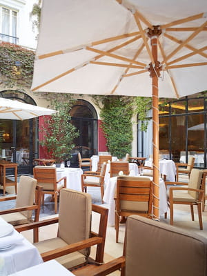 un restaurant étoilé, un jardin verdoyant... l'idéal pour une pause de choix à