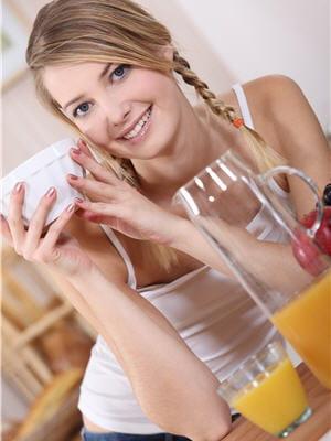 il est indispensable de commencer la journée par un petit déjeuner complet.