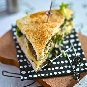 club sandwich au camembert de normandie