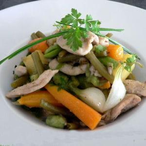 wok de lapin aux légumes du jardin
