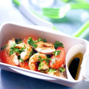 salade poulet et crevettes au pamplemousse 35 recettes pour d jeuner au bureau journal des. Black Bedroom Furniture Sets. Home Design Ideas