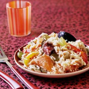 salade de riz basmati au saumon et aux fruits