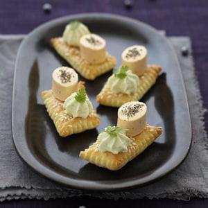 feuilleté au sésame, chantilly wasabi et apérivrais saumon®