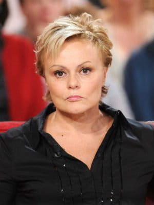 Flop muriel robin souffre d 39 agoraphobie tops et flops for Muriel robin le salon de coiffure