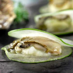 ravioles aux pommes vertes, huîtres et céleri rave