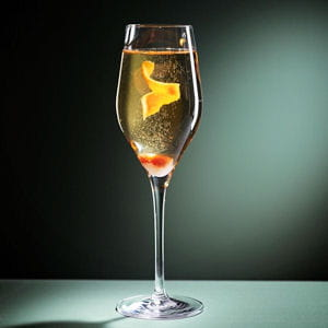 Champagne cocktail 25 recettes au champagne journal for Cocktail au champagne